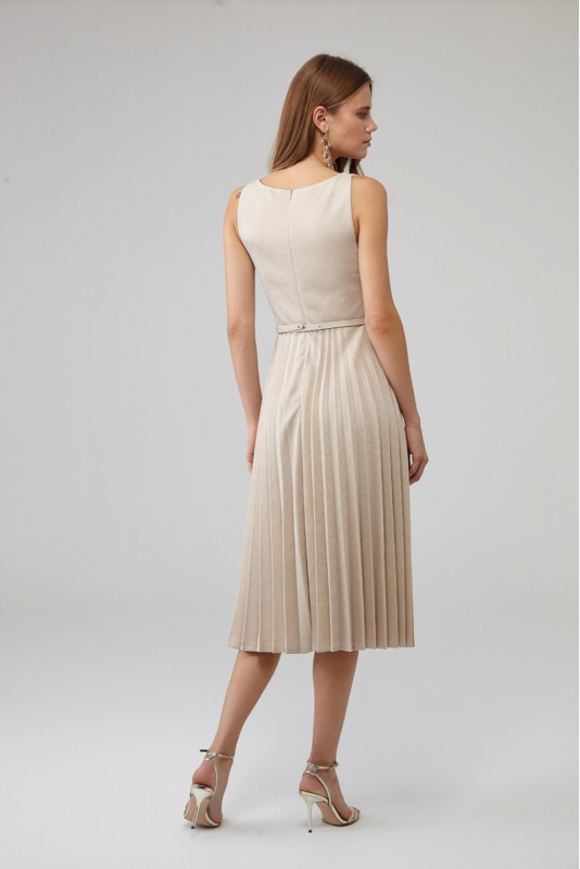 Beige knitted sleeveless midi dress