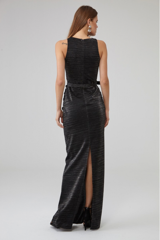 Black knitted sleeveless maxi dress