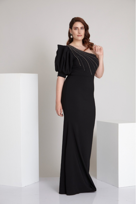 Black plus size crepe maxi dress