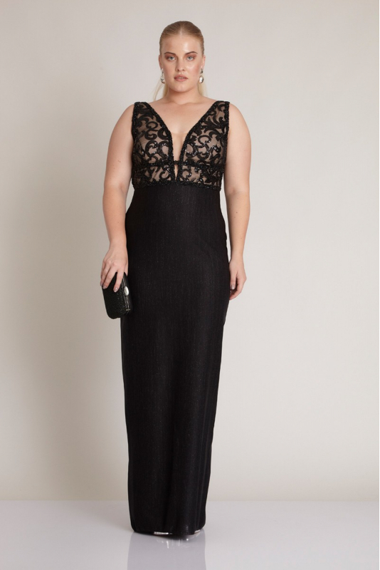 Black plus size knitted sleeveless maxi dress