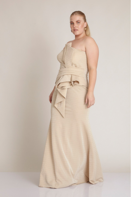 Wholesale Beige plus size knitted strapless maxi dress - Fervente