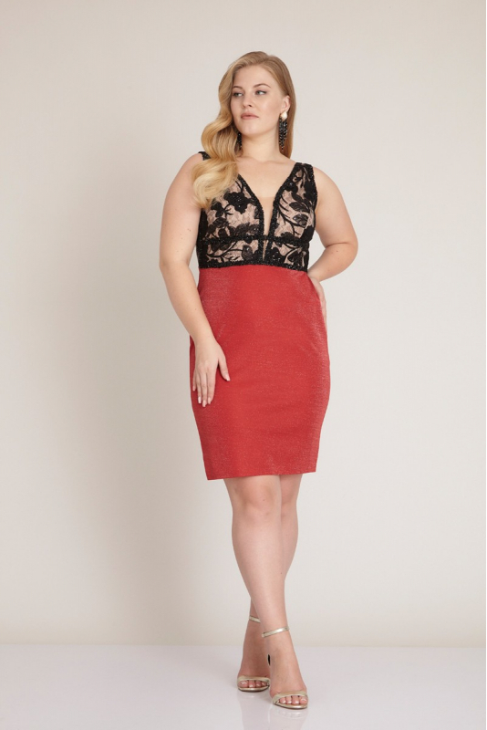 Red plus size knitted sleeveless mini dress