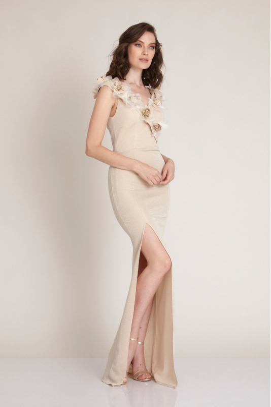 Beige knitted sleeveless maxi dress