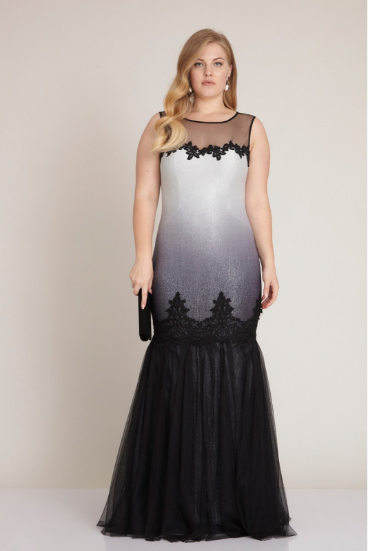 Black-white plus size knitted sleeveless maxi dress