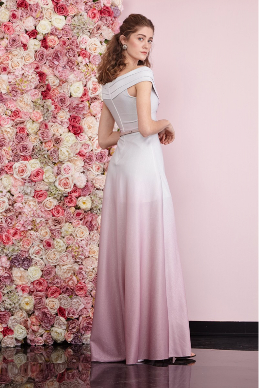 Powder-white knitted sleeveless maxi dress