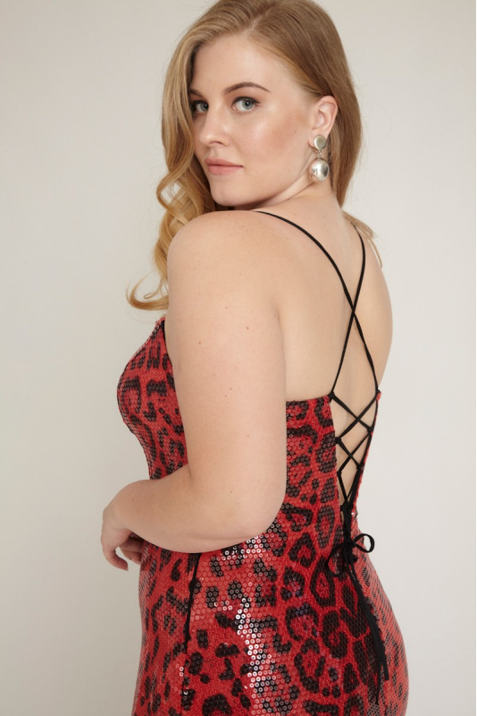 Red plus size sequined mini sleeveless dress