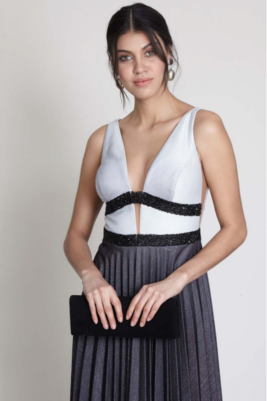Black-white knitted sleeveless midi dress